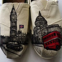 London Themed TOMS