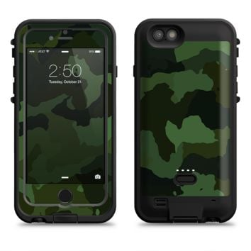 The Dark Green Camouflage Textile  iPhone 6/6s Plus LifeProof Fre POWER Case Skin Kit