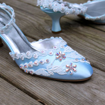 Lace Wedding Shoes - Swarovski Crystal shoes low heel - The Wendy