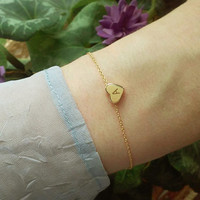Initial Heart Bracelet / Customized Bracelet / Personalised Jewelry / Valentines Day / Everyday Jewelry / Dainty Bracelet / B401