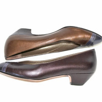 Women Leather Shoes. 80s Low Heel Shoes by Amalfi. Size 5 1/2. Bronze Plum Grey Colors. Color Blocks shoes. Made in Italy