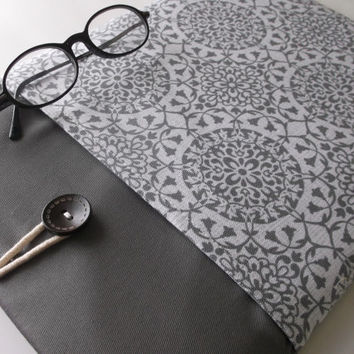 Macbook Air 13 Case, Laptop Protective Bag, Gray Damask Mac book Air Sleeve, Cord Accessory Pocket, Grey Medallion