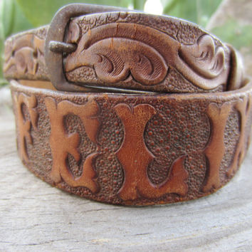 "50s/60s Hand Tooled Western Leather Belt Name ""Felix"", 78-88 cm / 30-35 in // Vintage Cowboy Belt w/ Bonus Gift // Name Belt"
