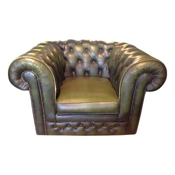 Pre-owned Vintage English Chesterfield Club Chair