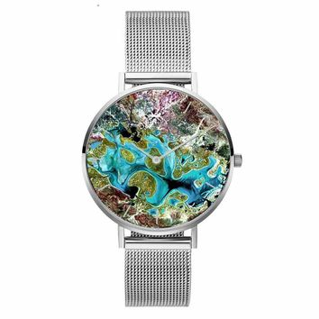 Coral Shell Pattern Mesh Stainless Steel Band Women Casual Quartz Wrist Watch