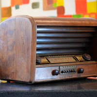 3rian- Bluetooth / AUX / FM / Mp3: Large 1940's Westinghouse Radio With Restored Tube Amplifier
