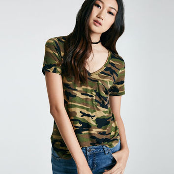 Slouchy Camo Print Pocket Tee | Wet Seal