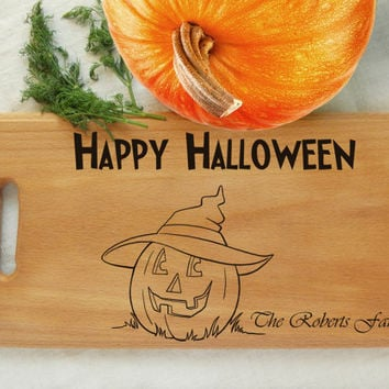 Halloween Personalized cutting board Happy Halloween Cutting Board Jack-o'-lanterns Wedding gift hand Engraved Halloween Gifts wood burned