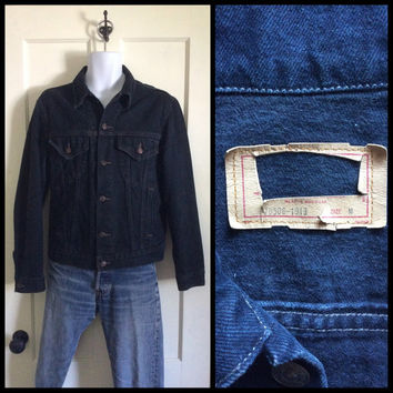 Vintage 1980's Black Levi's Denim Jean Jacket made in USA size Medium