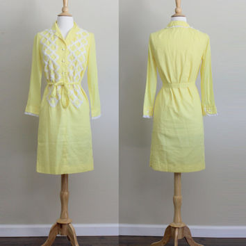 1960s Mod Yellow Ruffle Lace Shift Dress by California Sophisticates // Small