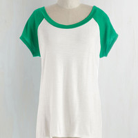Mid-length Short Sleeves Skates One to Know One Tee in Emerald