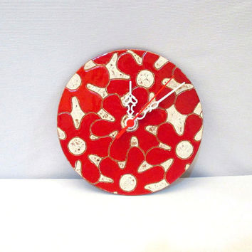 Ceramic wall clock/Handmade/Christmas gift/Red/Home decor/Ceramic clock/White/Christmas