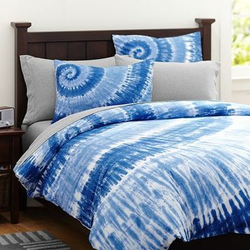 Surfers Point Tie Dye Duvet Cover + Sham, Navy Multi