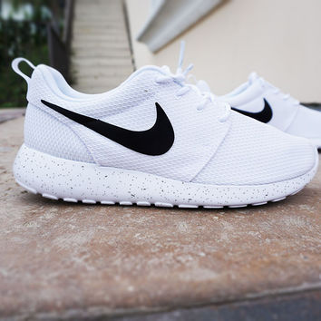 Womens Custom Nike Roshe Run sneakers, Minimalistic black and white design, black nike swoosh with black speckles, all white shoe