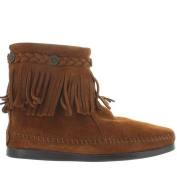 VONES2C Minnetonka Back Zip - Brown Suede Ankle Boot