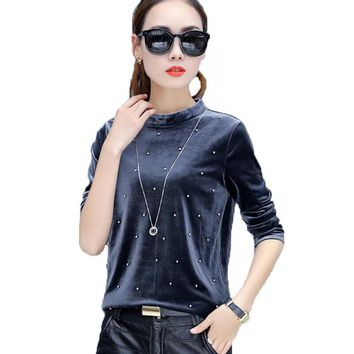 Pearl Beading Blouses 2017 Autumn Women Velvet Blouse Long Sleeve Casual Shirt Women Tops O-neck Elegant Ladies Camisas Mujer