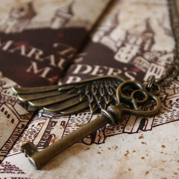 Harry Potter Necklace - The Flying Key