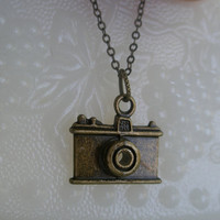 Camera necklace- Antique bronze camera necklace- Photographer necklace- Camera charm necklace- Photo- Fashion