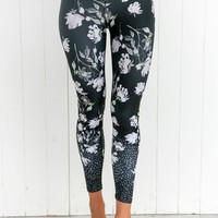 Dark Blooms High Waist 7/8 Leggings