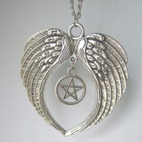 """SUPERNATURAL LARGE Guardian Angel Wings Feathers Pentagram Pendant Chain Necklace 20"""""""