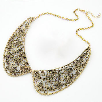 Metal Carved Collar Necklace