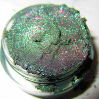 20% OFF CHRISTMAS SALE Dragon Scale Emerald Green Purple Glitter Natural Mineral Eyeshadow Mica Pigment 5 Grams Lumikki Cosmetics