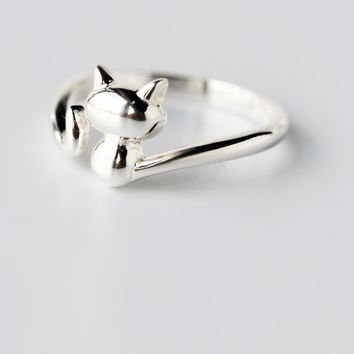 Cute small cat 925 sterling silver ring , a perfect gift .