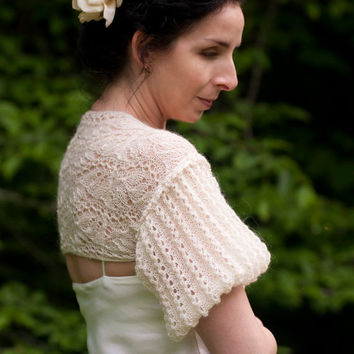 Wedding Bridal Ivory Shrug Bolero Hand Knit Lace Lacy Puff Sleeve Shrug Luxury Bride Accessoriess Summer Estonian Lace OOAK Off White Ecru