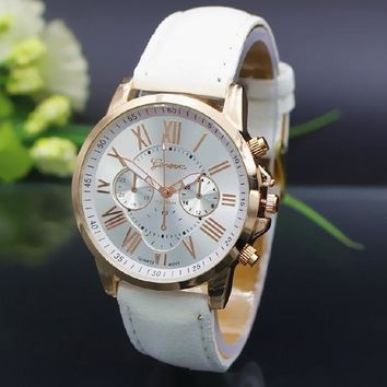 NEW Fashion Couple Watch Charm Quartz Watches Leather Young Sports Women Men gold watch Casual Dress Wristwatches relogios feminino BY EZMAX = 5987568513