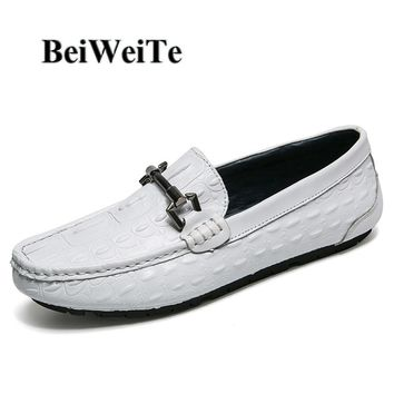 Hot Men Casual Walking Loafers Breathable Comfortable Barefoot Shoes For Male Genuine Leather White Business Driving Party Shoes