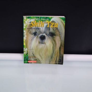 Training Your Shih Tzu by Joan Walker 2009 Paperback Training Your Dog Series