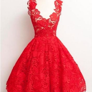 Scoop Red Lace Knee-Length Homecoming Dresses