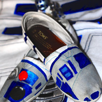 Star Wars Themed R2-D2 Custom painted Toms This is the droid you are looking for.
