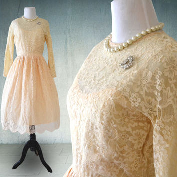 1950s Lace Party Dress Short Wedding Dress Vintage Style Union Made