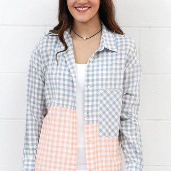 Two-Tone Frayed Edge Checkered Button Down {Peach Mix}