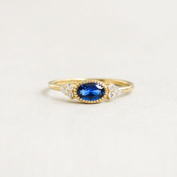 Delicate Oval Ring - Gold + Sapphire