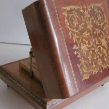 Rare Italian Cigarette Dispenser Music Box Wooden inlaid Box Cigarette Holder Swiss Music Box