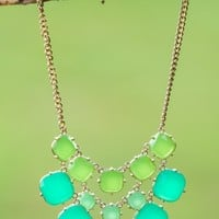 A Little Flair Necklace-Kelly Green