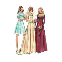 "1970s Butterick 3164 Woman's Bridal Dress or Bridesmaid Dress Sz 8 or 10 || Bust 31.5"" or 32.5"" /80cm or 82cm 