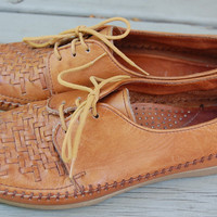 Vintage 80s Woven Dexter Huarache Basket Weave Brown Leather Oxfords Flats Lace Up Jazz Shoes Ladies Size 8.5 Medium