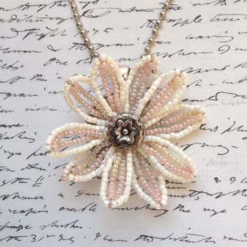 Ivory Daisy Necklace -- French Technique Beaded Pendant in Ivory with Pale Peach and Pale Yellow