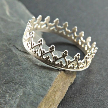 Crown ring - Filigree ring - Silver crown ring - Princess ring - Tiara stacking ring - Crown stacking ring