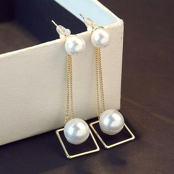 ONETOW Silver Pearls 925 Korean Stylish Strong Character Earrings [10399364948]