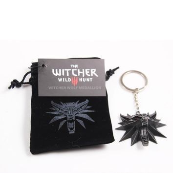 2017 Hot Selling Game Jewelry Witcher 3 Wild Wolf Head Key Chains For Men Medallion Wizard Wolf Wild Hunt 3 Figure Game Key Ring