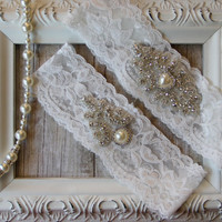 Vintage Wedding Garter Set, Bridal Garter Set, Ivory Lace Garter with ivory peals and rhinestones