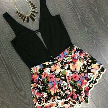 Black Sleeveless Stitching High Waist Rompers Flowers Printed Siamese Shorts