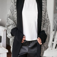 Black and White Stripe Printed Cardigan with Batwing Sleeves