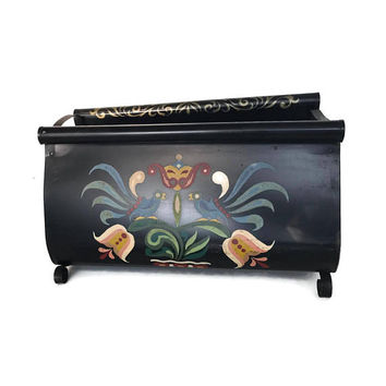 Vintage Toleware Magazine Rack Metal Tole Painting Pennsylvania Dutch Tulips Iron Scroll 50s Vintage Home Decor Shabby Chic Handpainted PBN