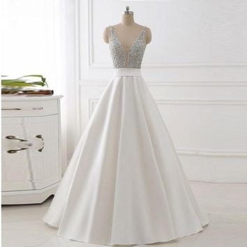 Ivory Plunging V Neck Prom Dress Sleeveless Formal Evening Gown With Beaded Bodice
