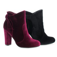 Hiltop48M By Bamboo, Block Heel Ankle Booties W Bow